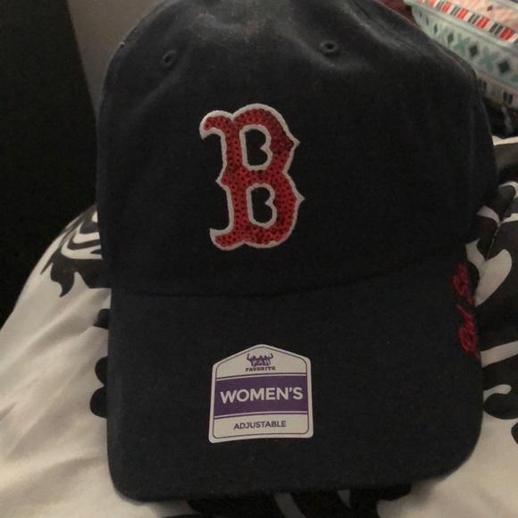 Accessories - Women s red Sox hat NWT e4d37e101f